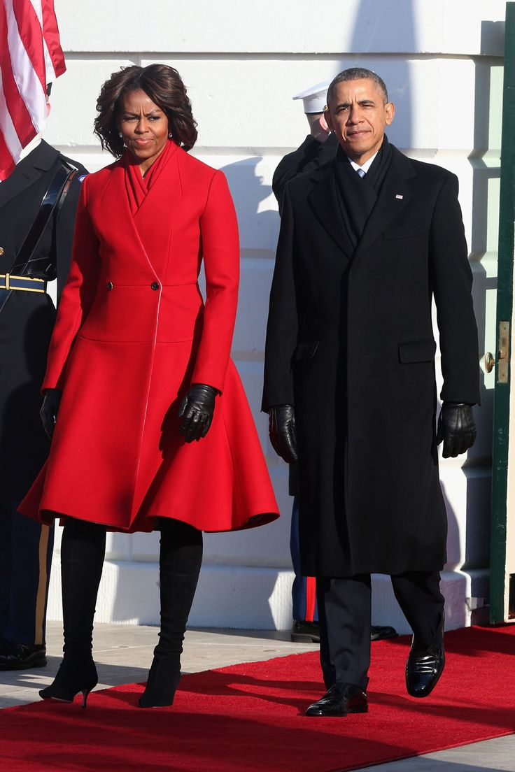 michelle-obama-red-trenchcoat